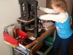 vicki_with_printingpress